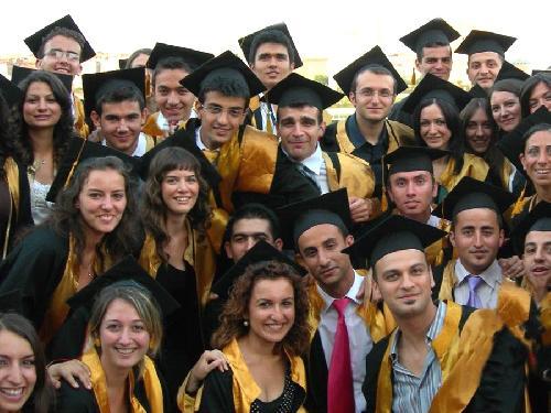 Top 10 European Scholarships for Non-EU Students